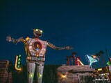 Big Giant Robot Thing at Night – Las Vegas, Nevada